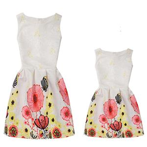 Mother and Daughter Lovely Vintage Dress, Fashion Mom&Me Clothing, Vintage Dress for Mom&Me, Fall Dresses for Mom&Me, Sleeveless Mini Dress for Mother and Daughter, Floral Print Tank Mini Dress, #N15516