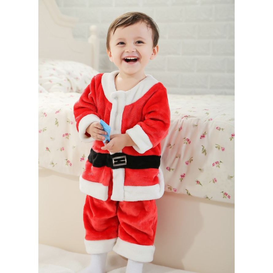 The Santa Suit Costume for boys is perfect for the Santa Claus-in-training! This Santa suit includes a Santa jacket, Santa pants, and a Santa hat.